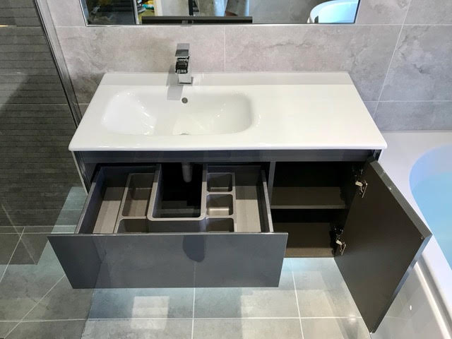 Grifford Interiors - Bathroom Project 3 - view 6