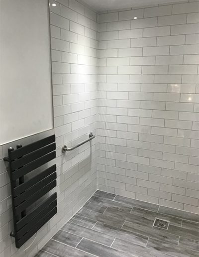 Disability bathroom 3 - View 4-min